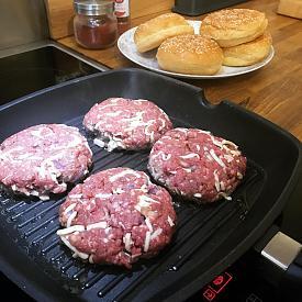 Lean Homemade Spicy Burgers-burgers.jpg