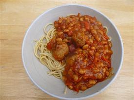 Pete's Recipe Book-meatballs-beans-small-.jpg