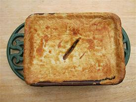Pete's Recipe Book-steak-ale-3-small-.jpg