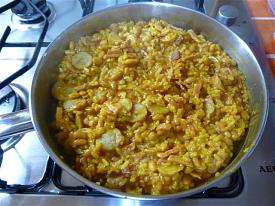 Pete's Recipe Book-sausage-bacon-paella-small-.jpg