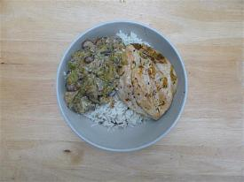 Pete's Recipe Book-chicken-leek-mushroom-mustard-small-.jpg