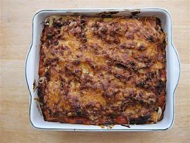 Pete's Recipe Book-lasagne-3-small-.jpg