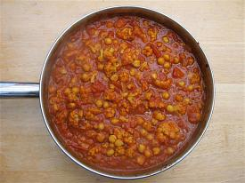 Pete's Recipe Book-chickpea-coulflower-curry-small-.jpg