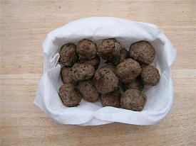 Pete's Recipe Book-spanish-meatballs-2-small-.jpg