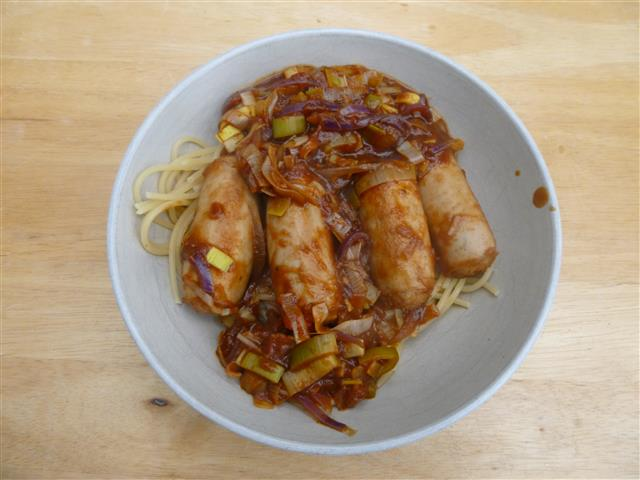 Name:  SW Sausages & onion gravy (Small).JPG Views: 207 Size:  55.1 KB