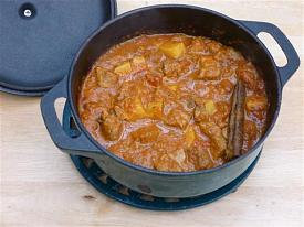 Pete's Recipe Book-lamb-curry-small-.jpg