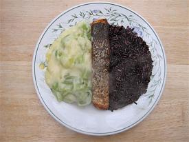Pete's Recipe Book-salmon-thai-black-rice-small-.jpg