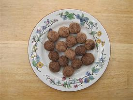 Pete's Recipe Book-ferrero-rocher-2013-small-.jpg