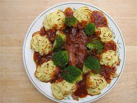 Pete's Recipe Book-duchess-potato-sausage-broccoli-small-.jpg