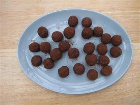 Pete's Recipe Book-belgium-chocolate-ferrero-rocher-2013-small-.jpg