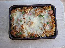 Pete's Recipe Book-tuna-mozzarella-bake-small-.jpg