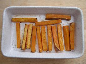 Pete's Recipe Book-sweet-potato-chips-small-.jpg
